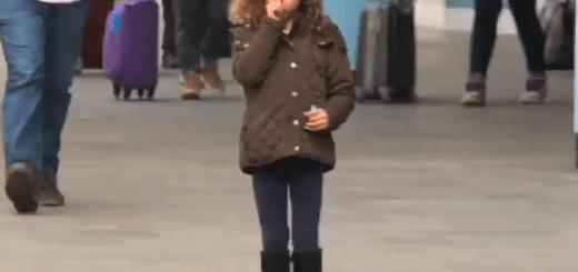 【実験】ショッピングモール内に迷子の女の子をみつけたらあなたはどうしますか?
