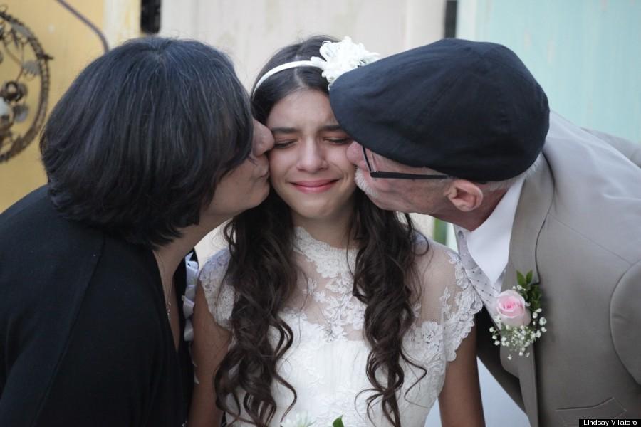 いつか必ず訪れる最愛の人との別れ。逝ってしまう人、残される人。悲しみと喜びの間で揺れる少女の表情から、家族の絆の強さが伝わってきます。