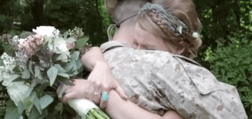 兄弟愛に思わず涙…。従軍中の兄が妹の結婚式にサプライズ登場!