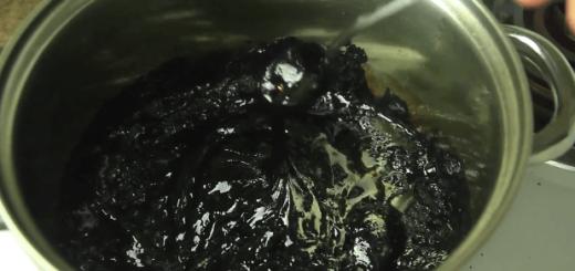 【閲覧注意】コーラを鍋で煮詰めてみた結果…