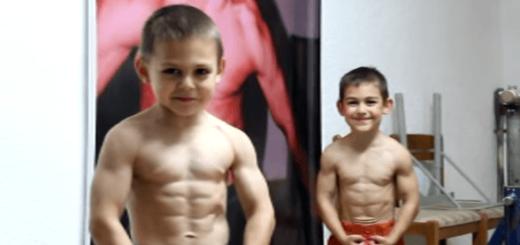 見た目は子供、肉体は大人な8歳と6歳の兄弟がワイルドすぎる