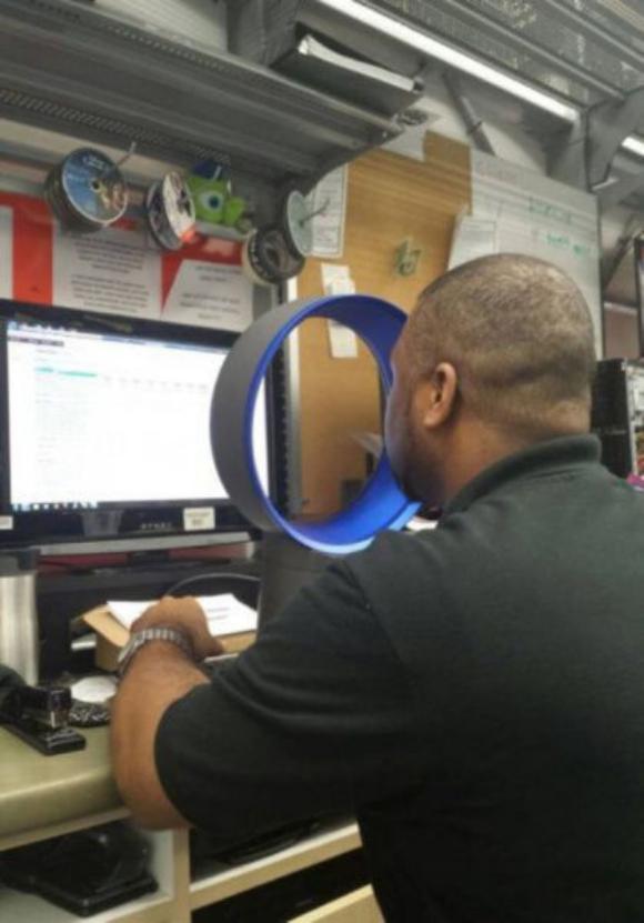 オフィスワーカー必見!羽根のない扇風機で暑い夏を乗り切る方法
