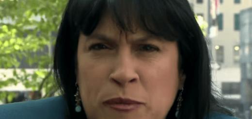 【神業】世界一早口な女性、『三匹の子豚』を15秒で読みあげることに成功