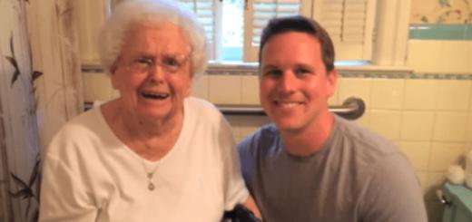 100歳の誕生日を迎えたおばあちゃん、体を張った孫のプレゼントに大喜び!