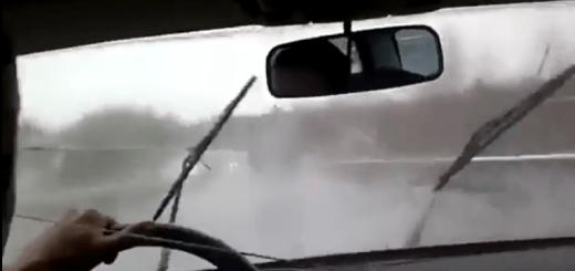 【またロシア】ロシア人が実践する車のワイパーの修理法が恐ろしい
