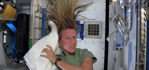 髪は女の命! 宇宙空間でシャンプーするとこうなる