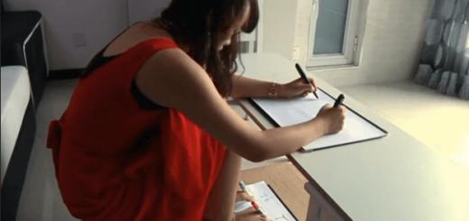 【神業】両手両足を同時に使って1つの漢詩を書き上げる女性にビックリ