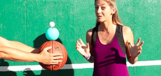 違う重さのボールを3つ重ねて落下させるとどうなる?